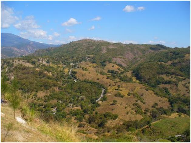Camino a Chuwa Nima'ab'äj, San Martín Jilotepeque. Foto de Edinilson De León.